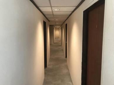 Bilik Sewa dengan bilik air / Rooms with attached toilet