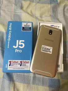 Samsung j5 pro new 2017