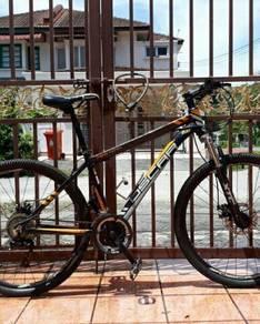 Mtb oscar for sale