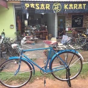 119 Basikal tua antik raleigh vintage classic biru
