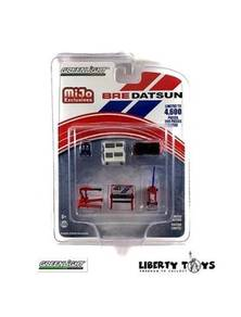 Greenlight M&J BRE Datsun Tool Set #51152 (1:64)