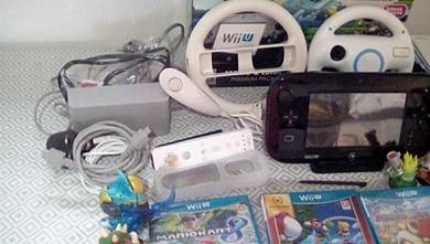 Wii U Bundle in box with 13 popular games