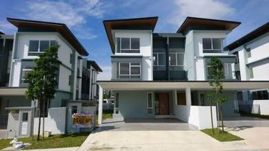 [FACING PLAYGROUND] Semi Detached in Tropicana Heights
