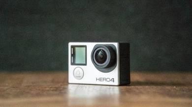 GoPro hero 4 Silver (plus accessories)
