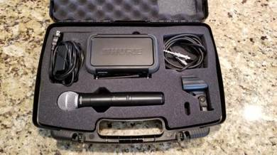 Shure wireless Proffesional Microphone Pgx2