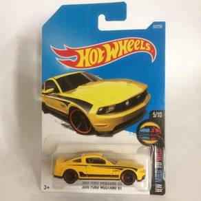 CFE31 Hot Wheels HW Mild to Wild 2010 Ford Mustang