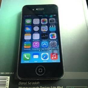 Apple iPhone 4 Black 16GB iOS 7.1.2 MY Set
