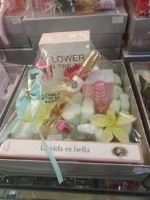 Gift Set Perfume WKB06-19