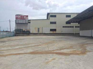 1-1/2 Storey Factory at menglembu ,Ipoh Perak