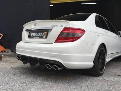 Mercedes benz W204 Carbon fiber diffuser