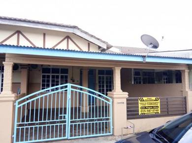 Guest House Homestay di Balok Gebeng