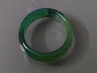 ABRJ-G015 Green Toning Natural Jade Ring 6mm sz 7
