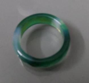 ABRJ-G019 Green Toning Natural Jade Ring 6mm sz 8