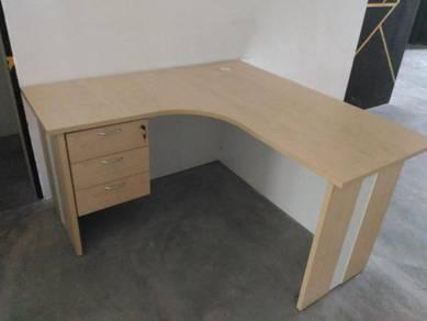 Meja office l-shape (OFFICE TABLE)