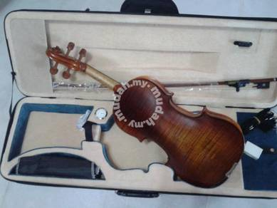 Violin Copy Stradivarius with case,rosin,bow,strap