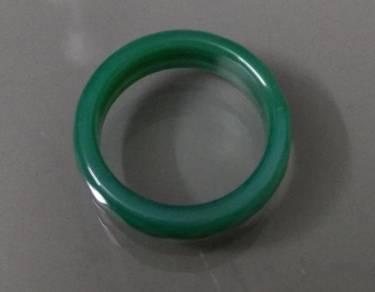 ABRJ-G018 Green Toning Natural Jade Ring 6mm sz 8