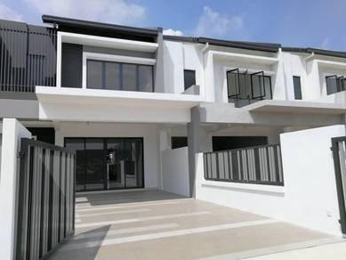 (HOC 2019) Bandar Ainsdale Gated 2Sty 22x70 House FREEHOLD SEREMBAN