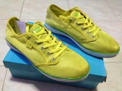 Kasut Line 7 size 39 Yellow Color