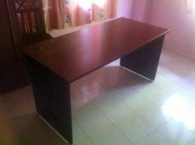 Office Table/Meja Study
