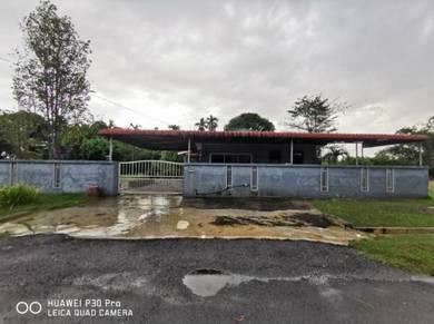Kampung Tersusun Tekan Baru, Simpang Pulai Bungalow