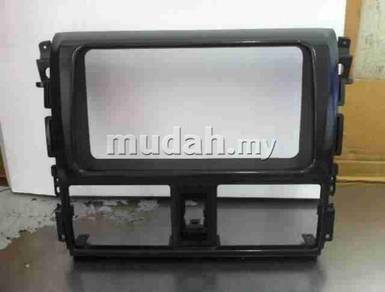 Toyota vios 2013 cd dvd radio casing