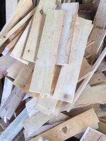 PINEWOOD Wooden Plank/ Wooden Pallet/ Wooden Beam