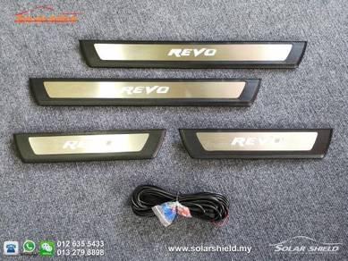 Toyota Hilux Revo 4X4 LED Side Sill Step Side Step