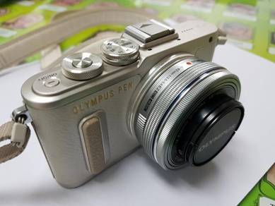 Olympus Pen EP-L8 mirrorless
