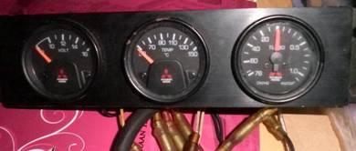Mitsubishi Evo 3 boost/volt/water temp meter