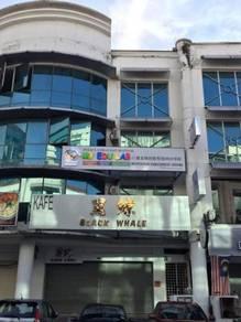 Bandar puteri puchong shop - office 1st floor rent big +++++