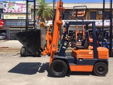 Japan Import TOYOTA Diesel Forklift 2.5 Ton 5FD25