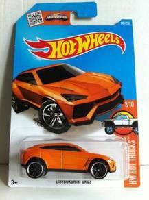 Hotwheels HW HotTrucks Lamborghini Urus #2 Orange
