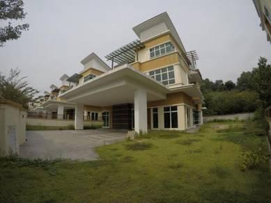 Brand new 3 Storey Spacius Freehold Bungalow, Lake Valley, Cheras