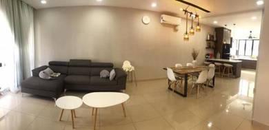 [[RENOVATED FURNISHED]] 3 Storey Terrace House, Anggun 3, Kota Emerald