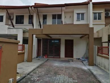 Teres 2 Tingkat Taman Perindustrian UEP Subang Jaya