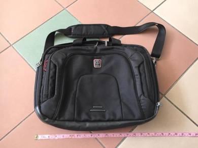 TUMI Tech laptop bag original macbook sony apple