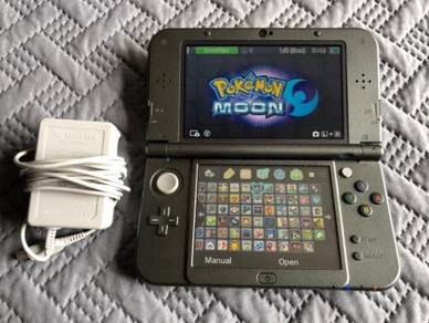 Nintendo New 3DS XL LOADED with 80 Games