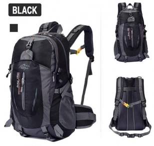 B0170 Black Camping Travel Bag Hiking Backpack