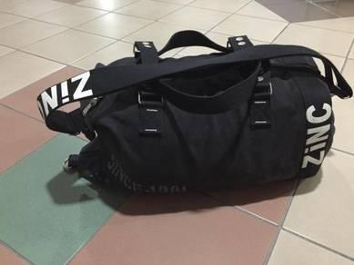 ZINC canvas duffle bag uniqlo H&M zara topman MCM