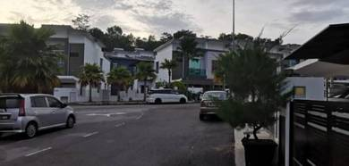 Double Storey Terrace Link House [ FREEHOLD!!] At Tmn Kajang Perdana