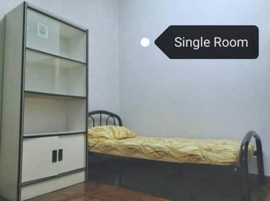 Room for rent at Usj, Subang Jaya. [ 30 Days Reservation ]