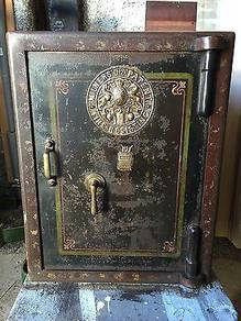 Antique Safe Peti Besi Antik coke emas money rolex