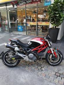 2012 Ducati Monster