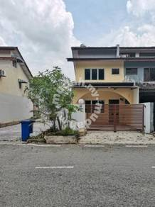 2.5-Storey Terrace House (End Lot) for Sale in Seksyen 25, Shah Alam