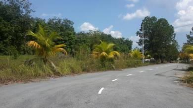 Berdekatan KLIA, Sebelah Jalan Utama, Lot Banglo di B.B.Salak Tinggi