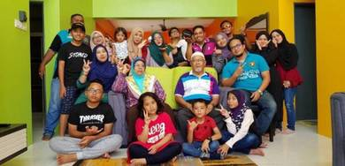 Keluarga homestay bangi
