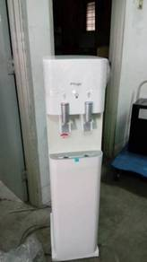 Magic hot and cold water dispenser