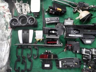 Mercedes w212 spare parts (radio )