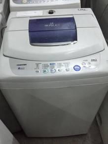Mesin Basuh Toshiba Automatic Top Washer 7kg Recon