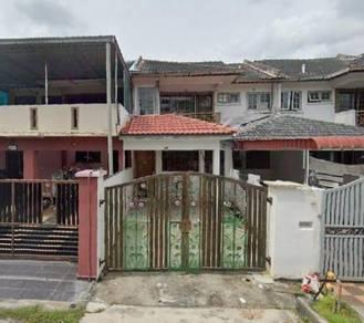 Town House in Taman Tampoi Indah, Johor Bahru, Johor